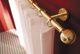 Виды гардин для спальни, их преимущества и особенности