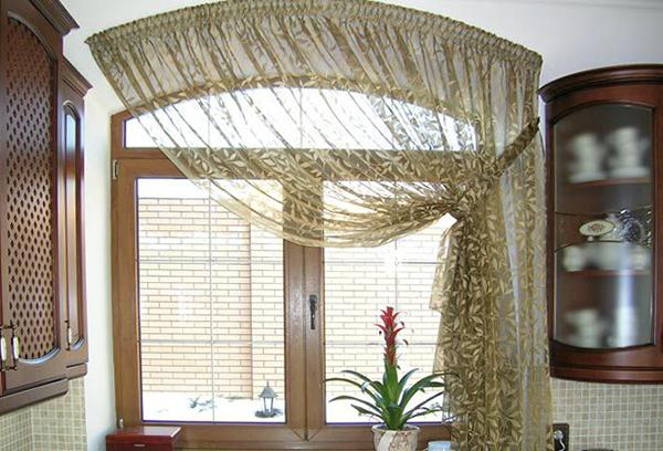 Тюль для окна нестандартной формы