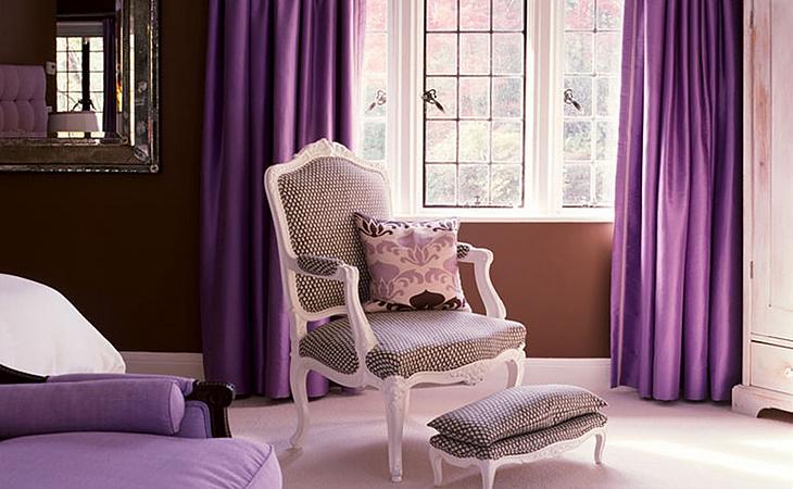 Плотные партьеры фиолетового цвета