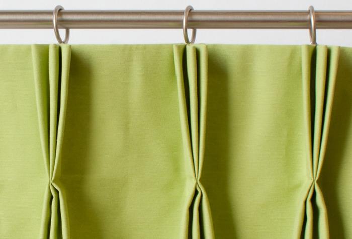 Эффектные складки при использовании шторной ленты