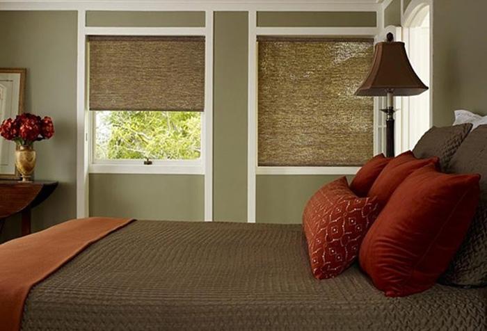 Идентичные рулонные шторы для двух окон