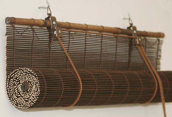 Механизм крепления и управления бамбуковой шторой