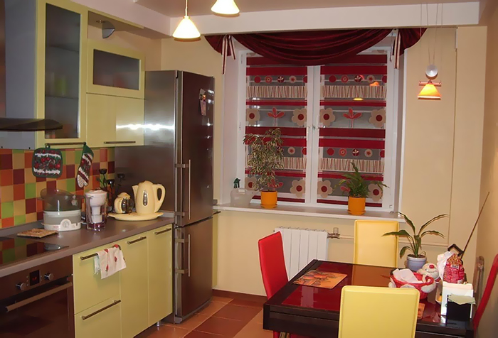 Мягкий ламбрекен на кухне