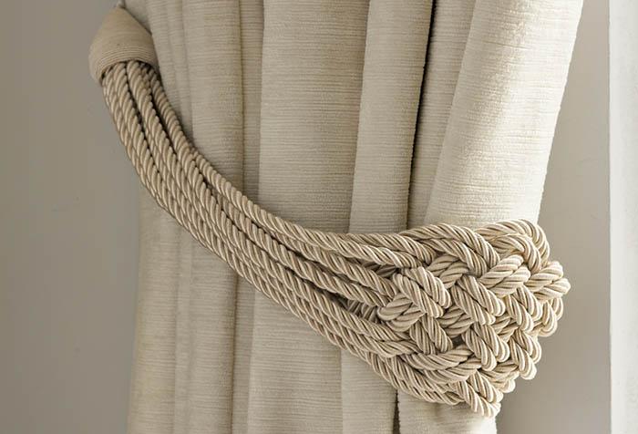 Плетеный подхват для портьеры