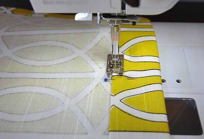 Обработка края шторы на швейной машинке