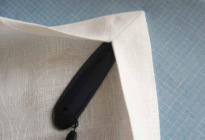 Обработка угла текстильного изделия