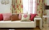 Сочетание текстильных элементов гостиной