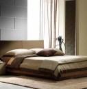 Легкая штора в стильной спальне