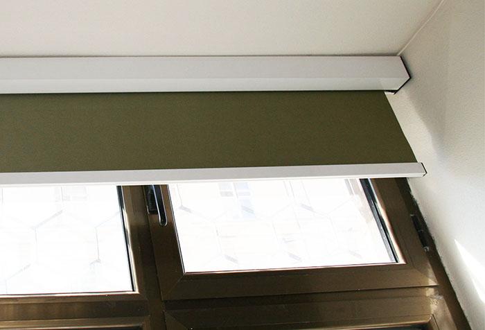 Крепление рулонной шторы к пластиковой раме