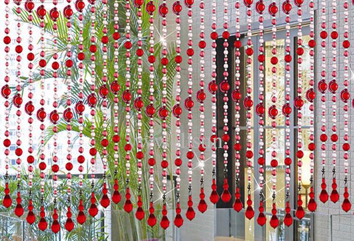 Нитяная шторы с бусинами