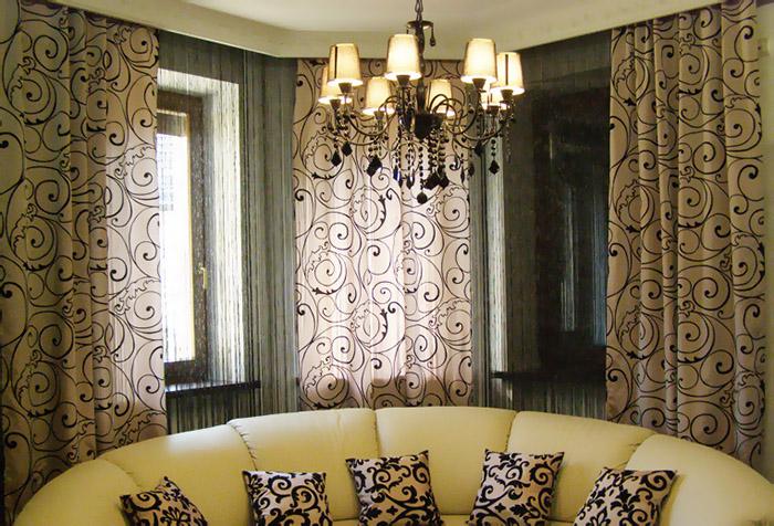 Кисея и легкие шторы в гостиной