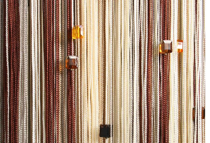 Кисея с декором из стеклянных бусин
