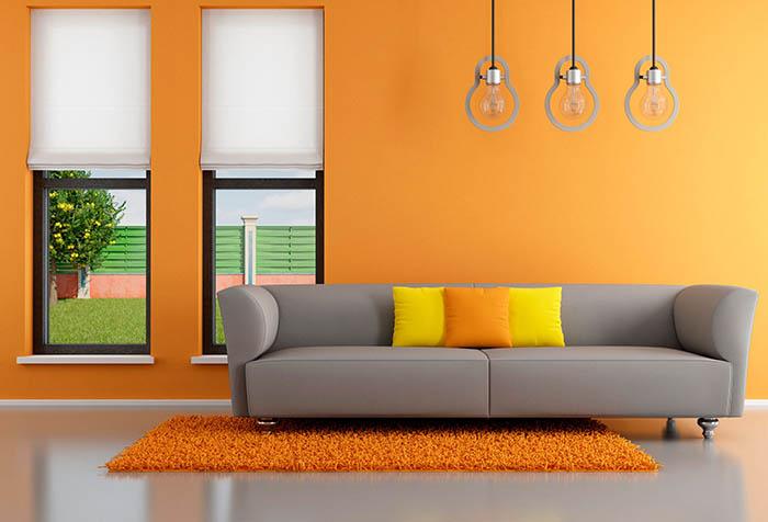 Рулонные шторы в современном интерьере зала