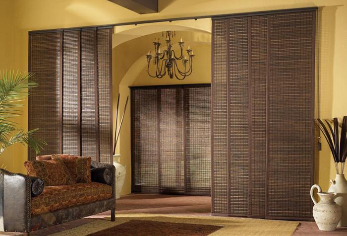 Бамбуковые шторы в японском стиле для зонирования помещения