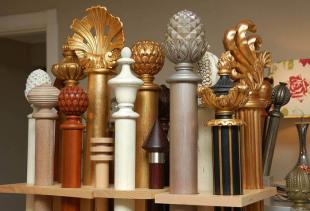 Как правильно выбрать настенный деревянный карниз для штор?