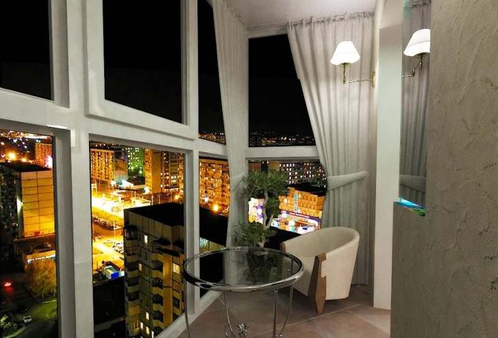 Портьеры на балконе