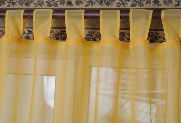 Легкая штора на петлях, сделанная своими руками