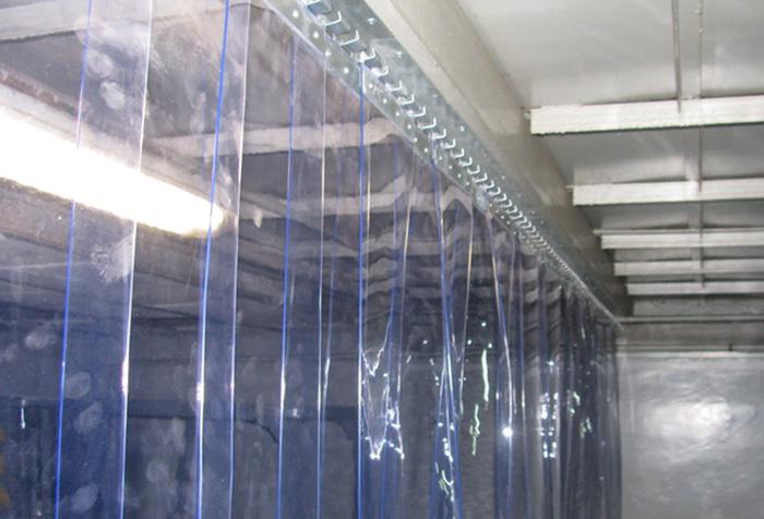 Использование на производстве занавесок из ПВХ