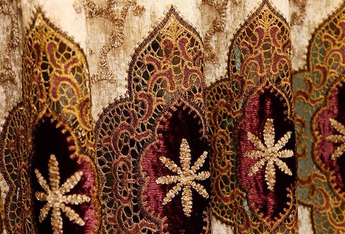 Роскошная портьерная ткань с вышивкой