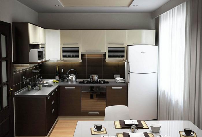 Классический тюль в интерьере кухни