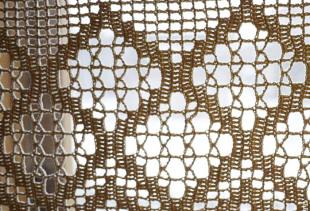 Вязанные крючком шторы для кухонь разных стилей
