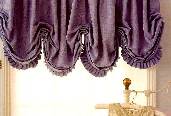 Фиолетовые австрийские шторы