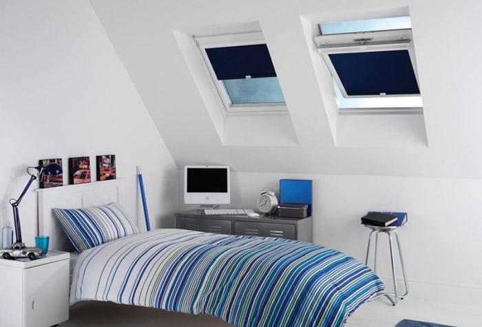 Рулонные шторы класса мини в детской спальне