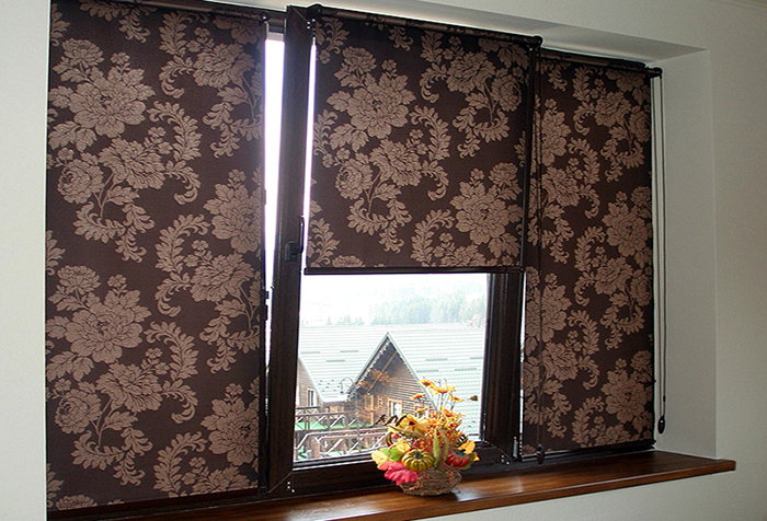 Рулонные шторы класса мини из ткани блэкаут