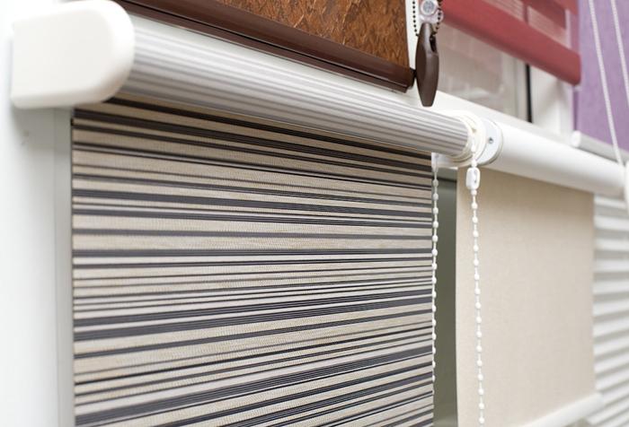Рулонные шторы из ткани блэкаут