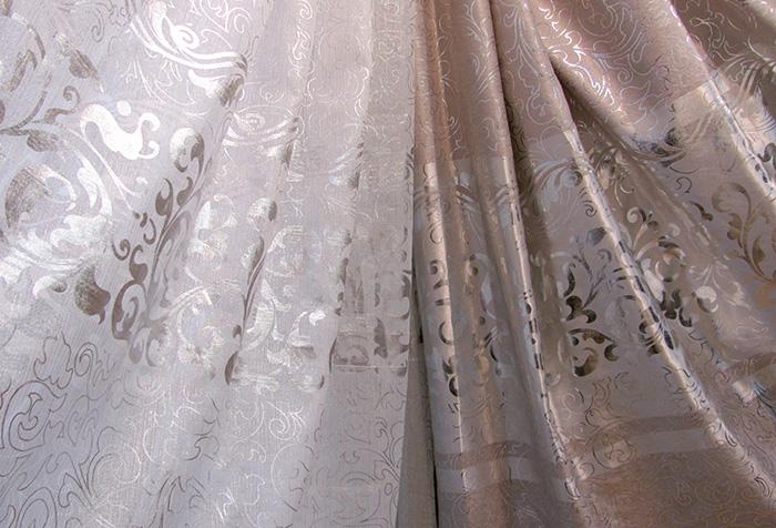 Ткань для штор с одинаковой фактурой, но разных оттенков
