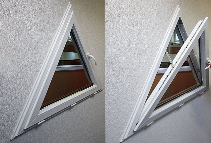 Треугольное пластиковое окно