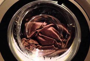 Как стирать шторы из разных типов ткани в стиральной машине?