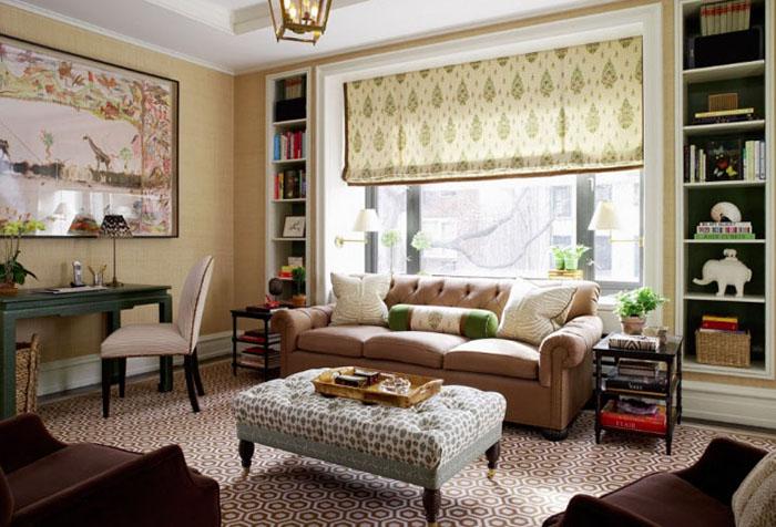 Короткая римская штора в гостиной