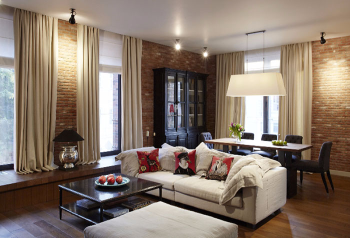 Гостиная с раздвижными шторами