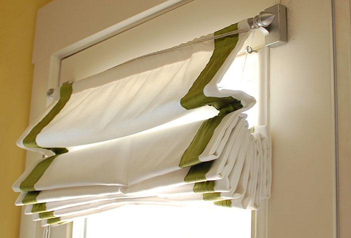 Римская штора в стиле минимализм