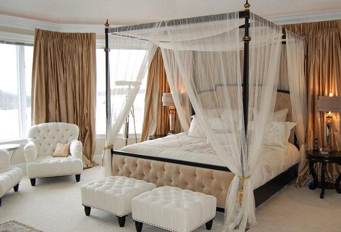 Балдахин из тюля над кроватью